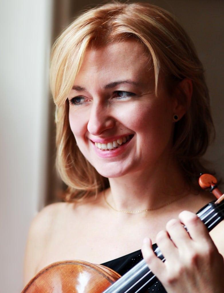 Viola Soloist Rachel Roberts
