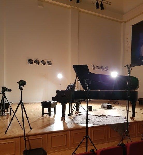 Poulenc And Schumann